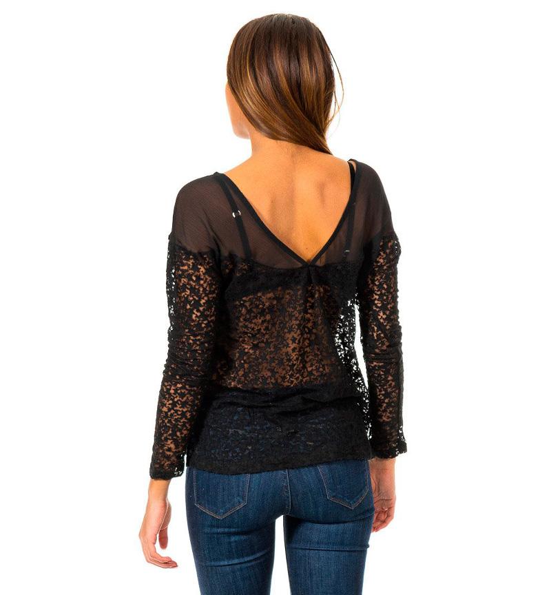 2015 en ligne énorme surprise Lire Un Jean Noir Chemise A Rencontré ebay en ligne F3dnqJR