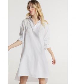 Vestido Corte Amplio Bordado blanco