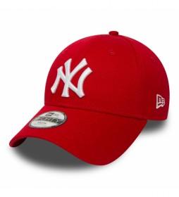 Gorra New York Yankees Essential 9Forty rojo