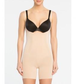 Faja de mujer Spanx con escote por debajo del pecho y pierna corta. Style 10130R Soft Nude