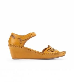 Comprar Pikolinos Sandálias de couro Margarita 943 amarelo - altura da cunha: 5cm
