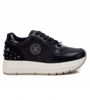 Comprare Xti Sneakers con plateau 043307 nere