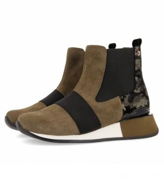 Gioseppo Sputino khaki leather ankle boots