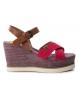 Sandalia 069908 rojo -Altura cuña: 9cm-