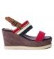 Sandalia 069909 rojo -Altura cuña: 9cm-