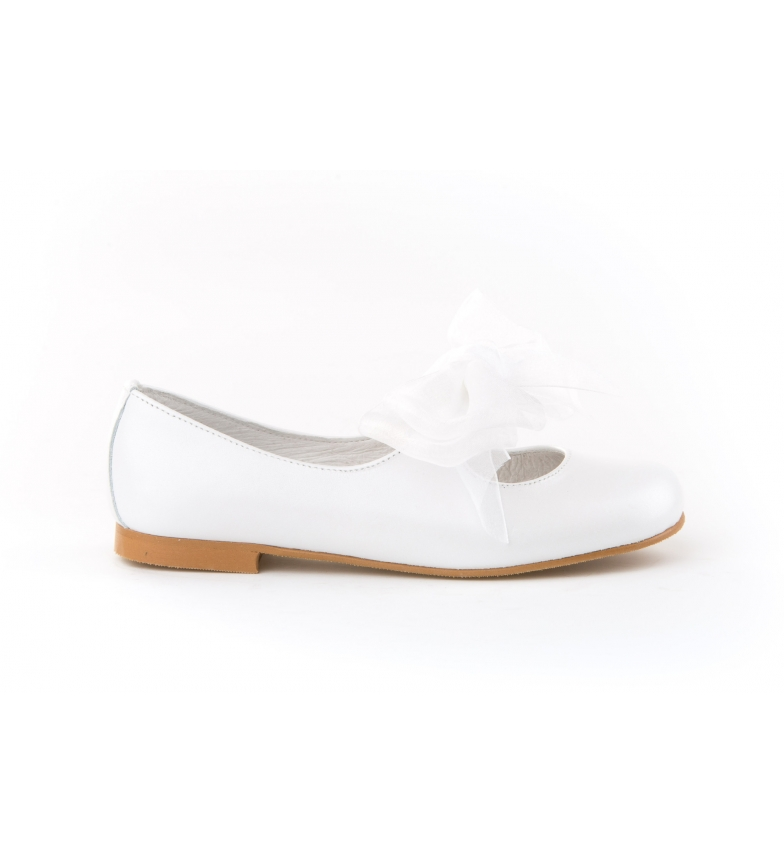 Comprar Angelitos Leather ballerina with white Communion bow