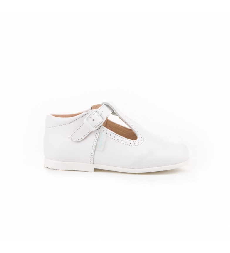Comprar Angelitos Pepito leather shoes with white buckle