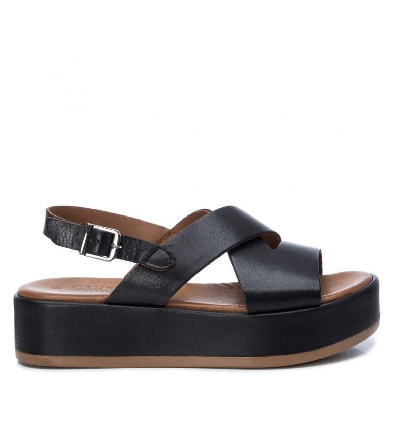 Comprar Carmela Leather sandals 067116 black - Platform height: 4cm