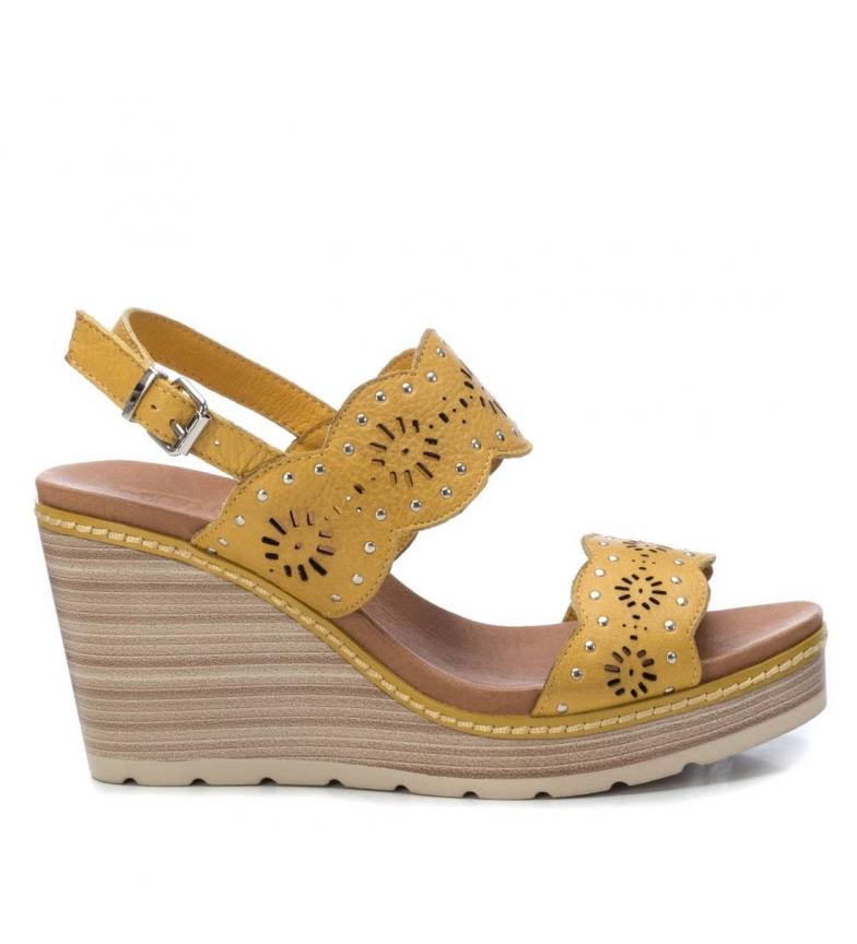 Comprar Carmela Sandalias de piel 067306 amarillo -Altura cuña: 9cm-