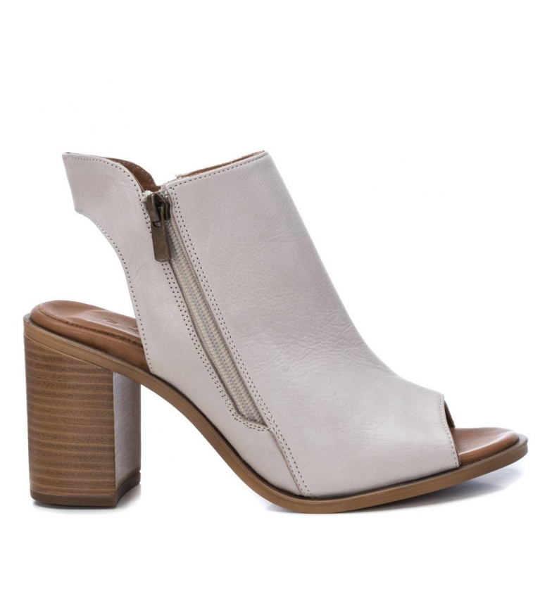 Comprar Carmela Leather sandals 067131 beige -heel height 8cm