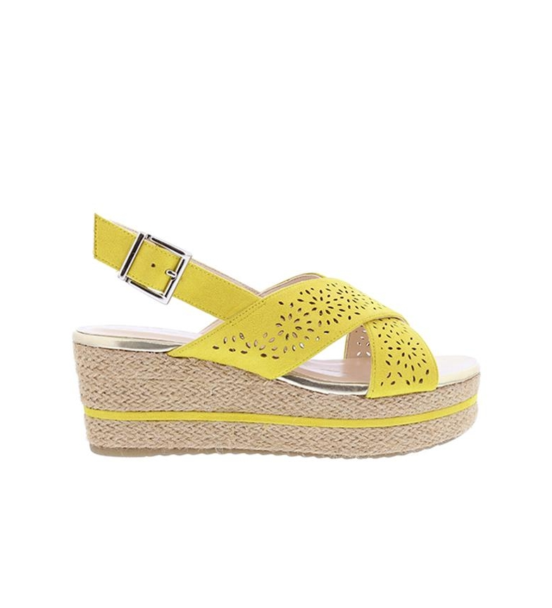 Comprar Chika10 Sandals Dona 07 mustard - Wedge height: 7cm