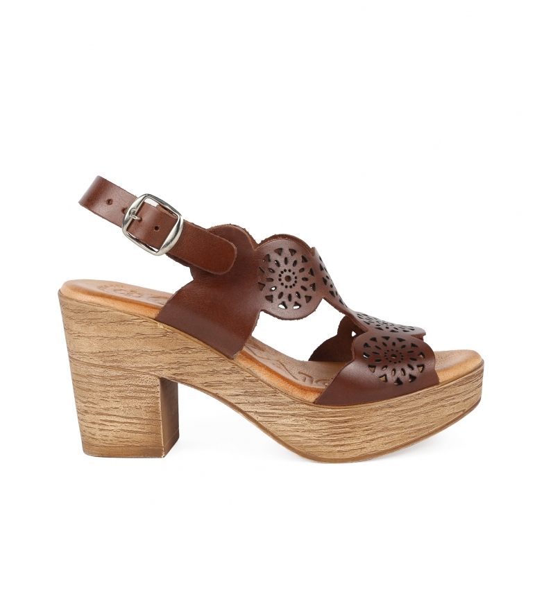 Comprar Chika10 Leather sandals Alois 2034 brown -Heel height: 8cm