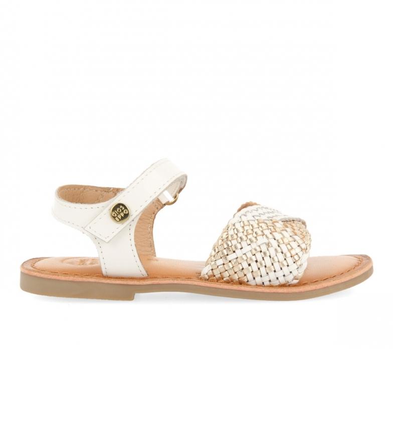Comprar Gioseppo Sandálias de couro branco Quincy