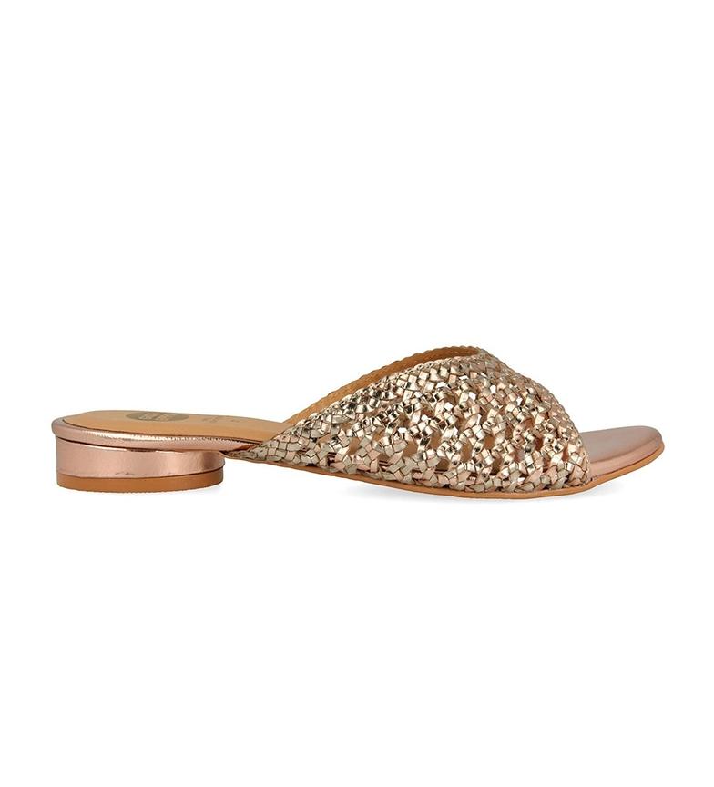 Comprar Gioseppo Sandálias de couro dourado Serezahde