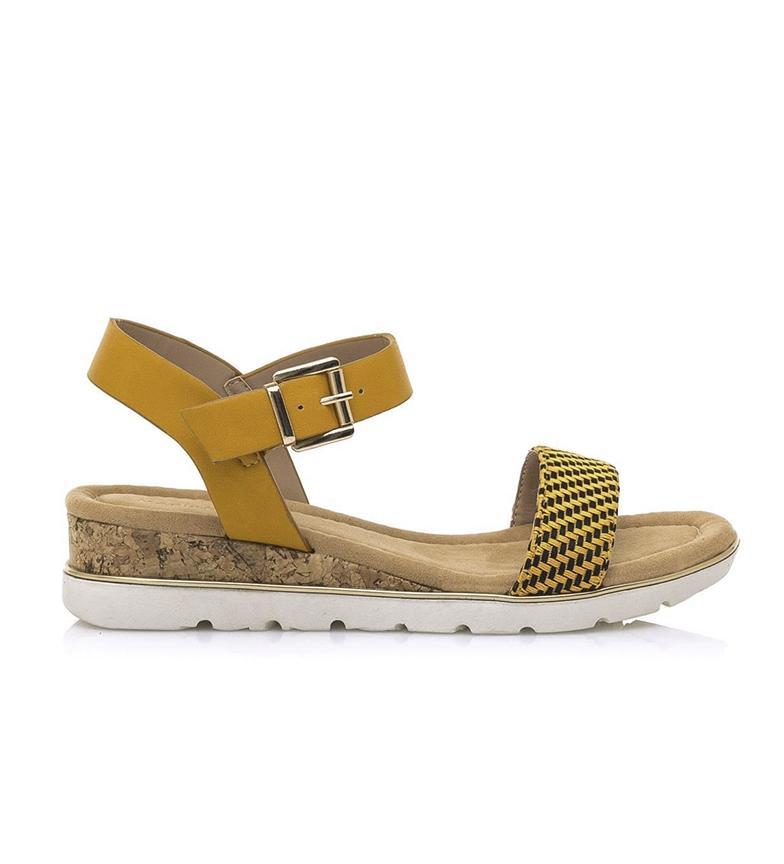 Comprar MARIAMARE Sandals 67823 mustard -Wedge height: 4 cm.