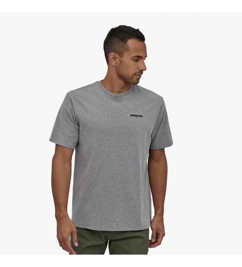 Comprar Patagonia Responsabilités du logo du P-6 masculin - Tee grey