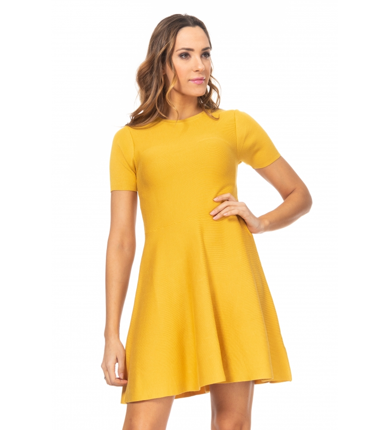 Comprar Tantra Robe en tricot avec jupe de vol jaune