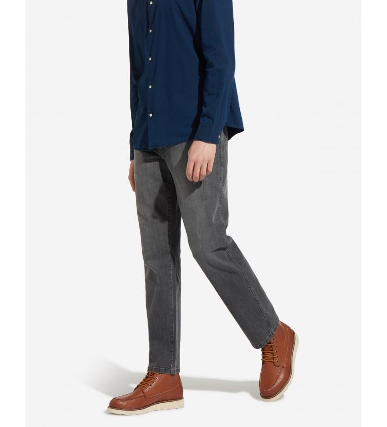 Comprar Wrangler Jeans Texas Stretch gris