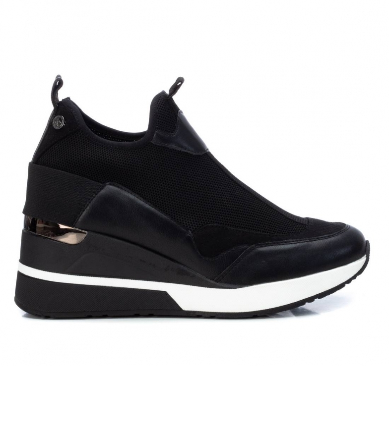 Xti Sneakers with wedge 043035 black -Height wedge 7cm