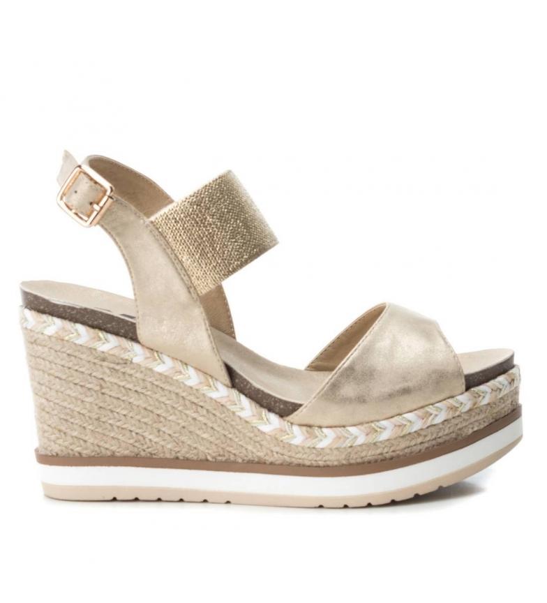 Comprar Xti Sandal 049108 gold - Wedge height: 10cm