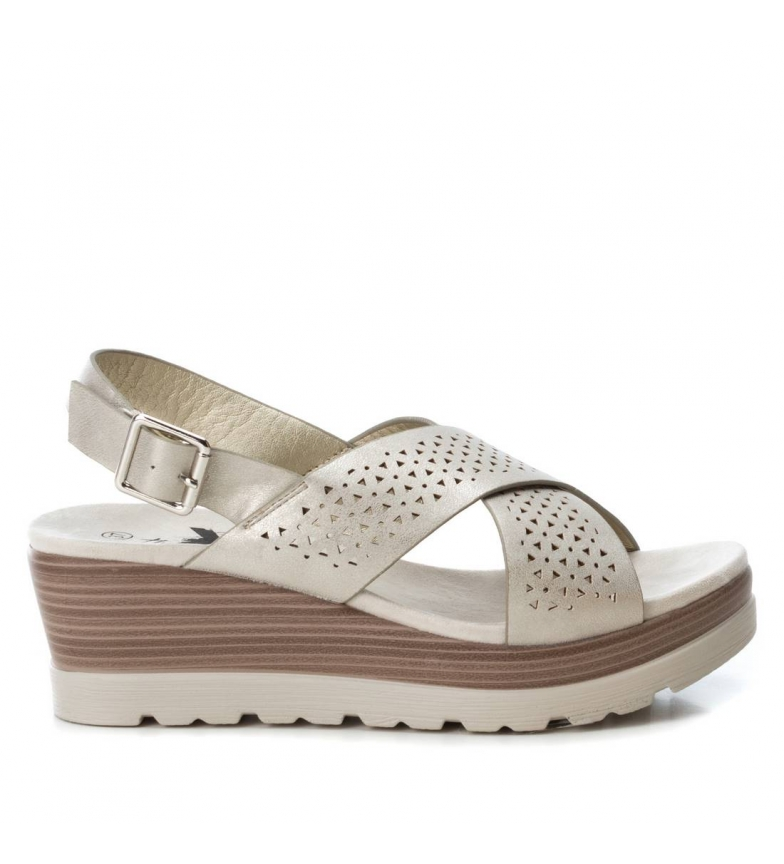 Comprar Xti Sandals wide wedge 048862 gold - Wedge height: 6cm