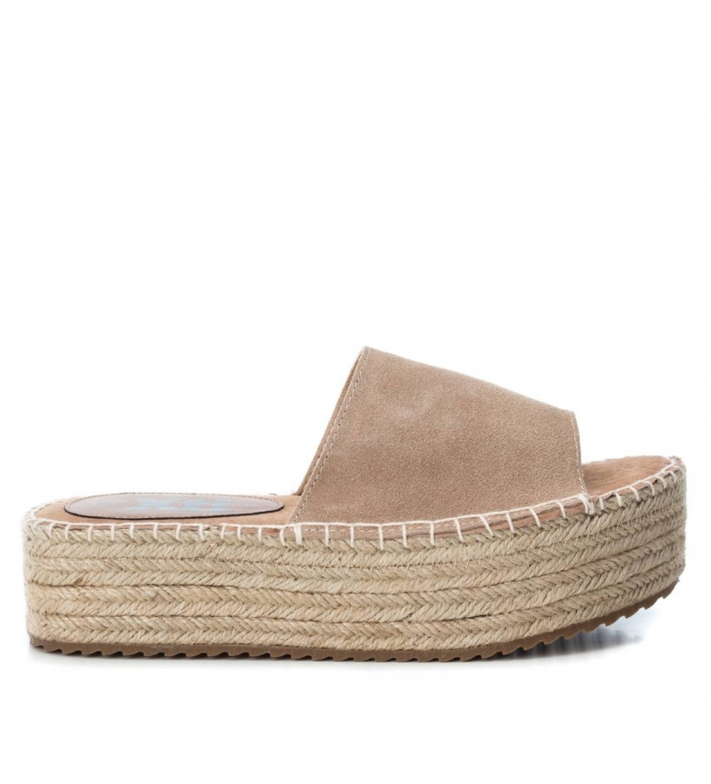 Comprar Xti Leather sandal 49133 camel - Platform height: 4cm