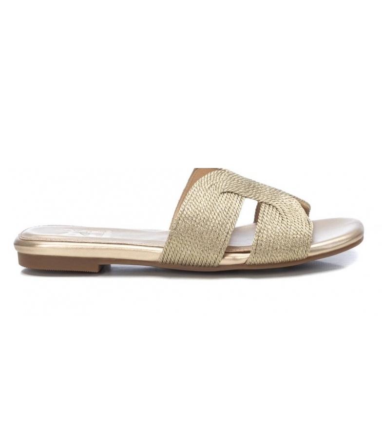 Comprar Xti Golden flat sandals 042785