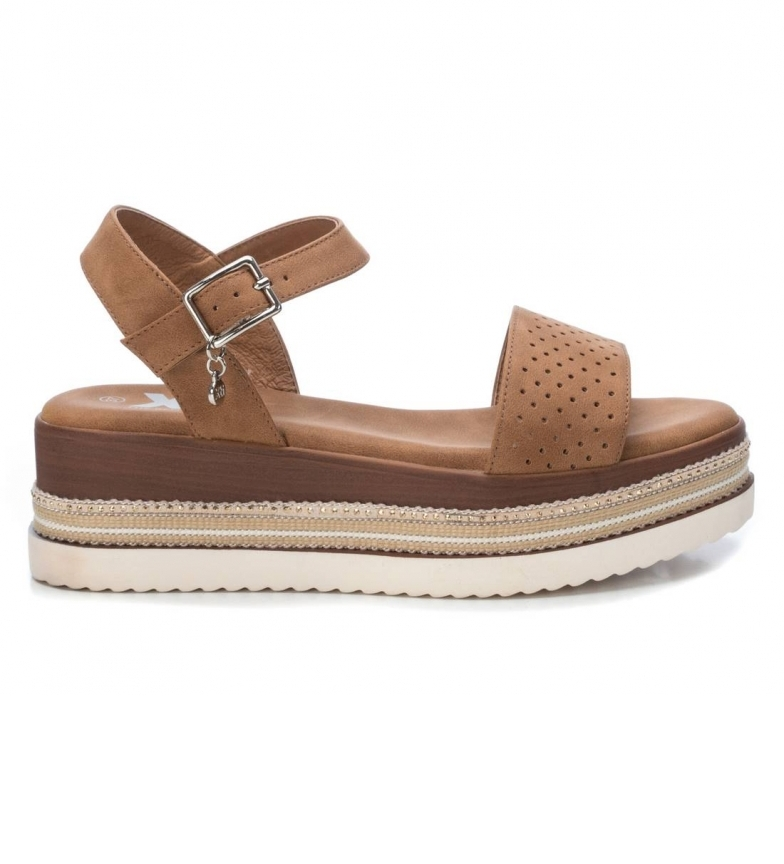 Comprar Xti Sandals 44018 brown - Platform height: 6cm