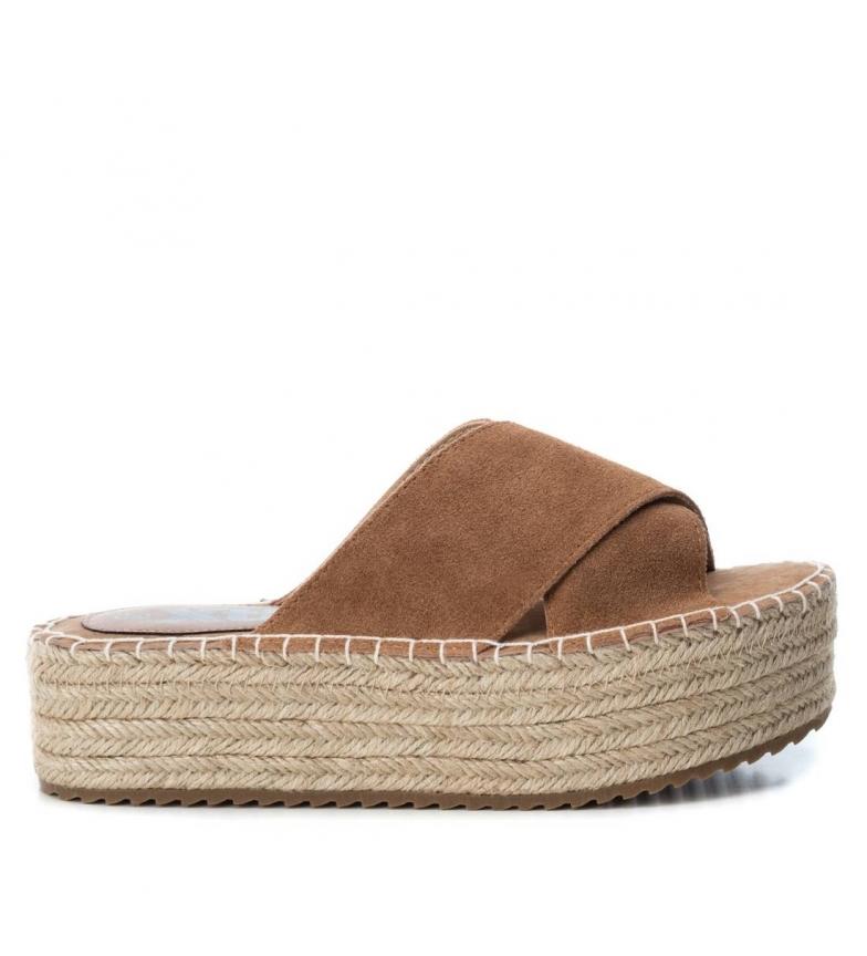 Comprar Xti Leather sandals 049134 brown - Platform height: 4cm