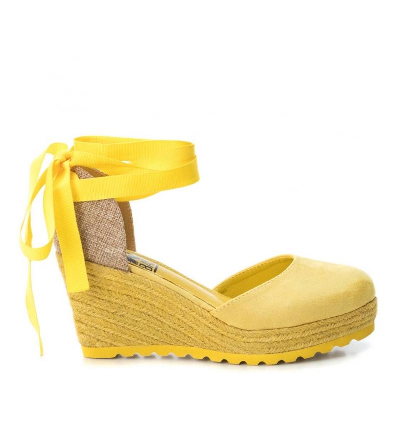 Comprar Xti Alpargatas cunha outro médio 034109 amarelo - altura da cunha: 8cm
