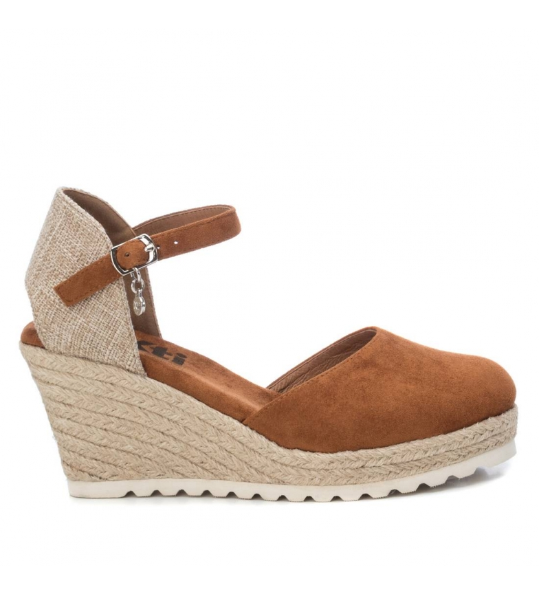 Comprar Xti Sandals 044025 brown - Wedge height: 8cm