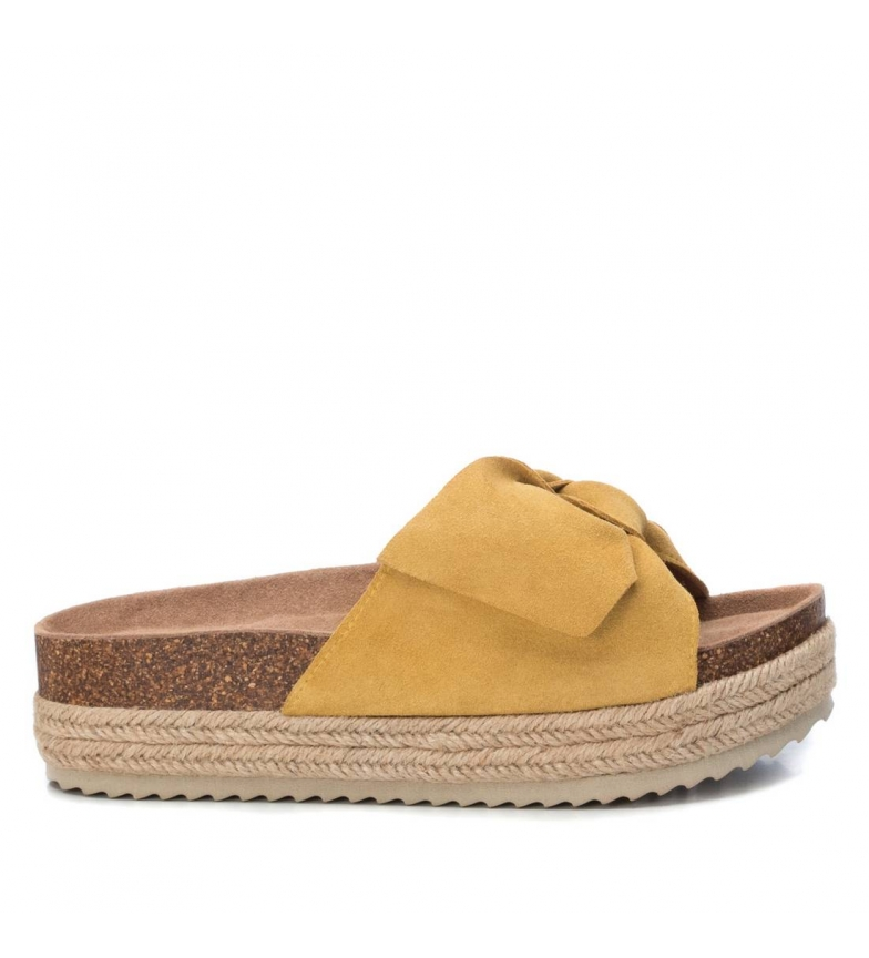 Comprar Xti Leather sandals Basic 034306 yellow -Sole height: 4cm