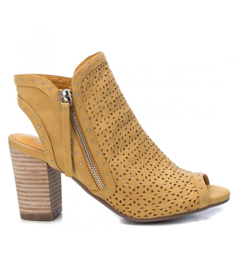 Comprar Xti Ankle boots 035214 yellow -Heel height: 8 cm